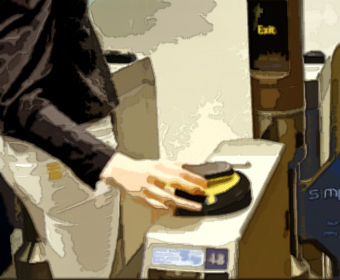 la Caixa has launched a sticker-based contactless payment service for mobile devices