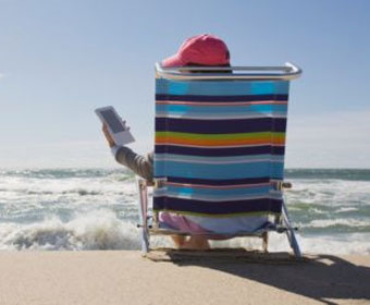 E-readers are becoming increasingly feature rich