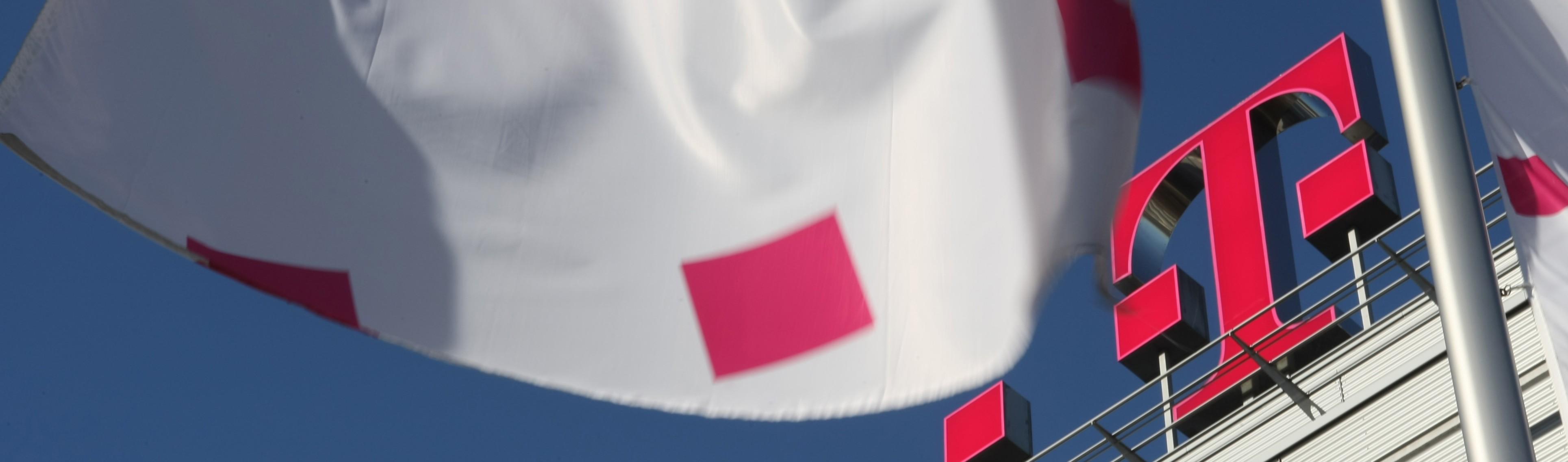 Deutsche Telekom T Mobile Systems Logo (3)