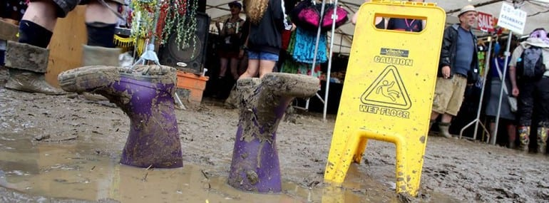 Glastonbury 2016 mud