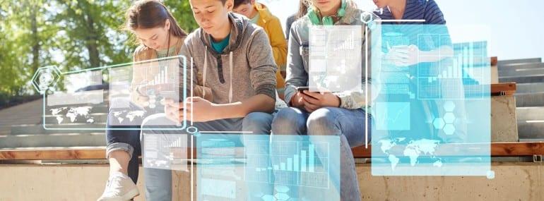 smartphone teenagers
