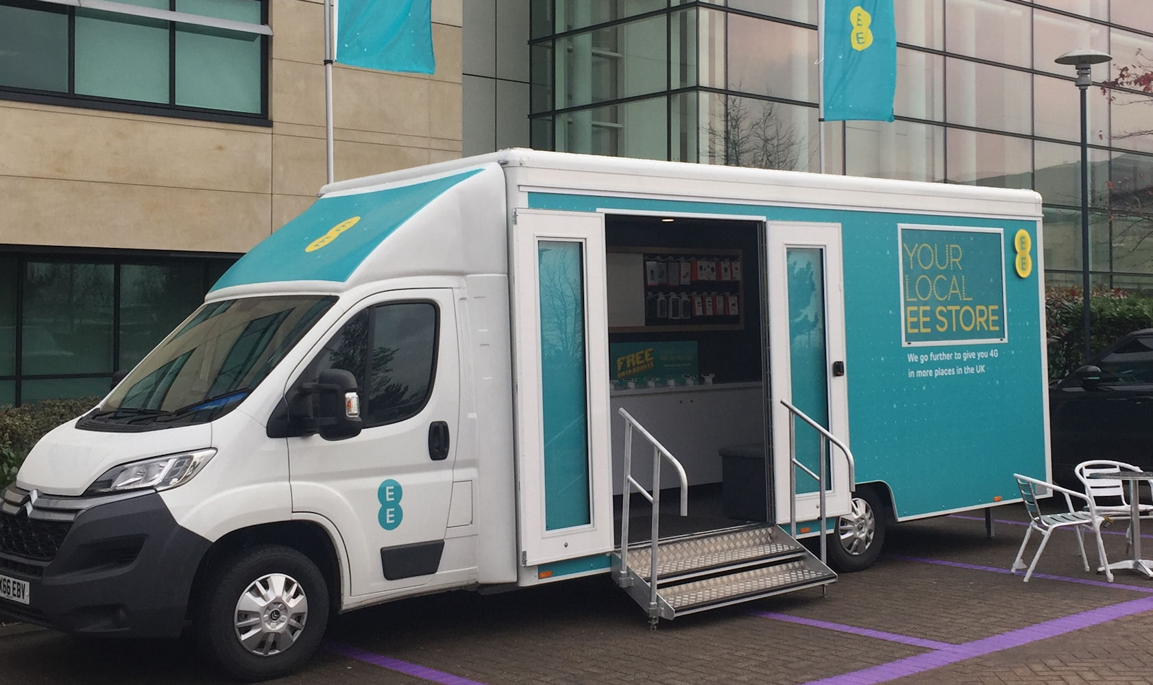 New EE Mobile Shop