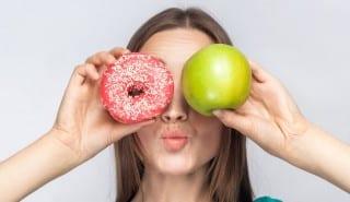 apple google donut kiss