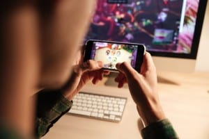 How carriers can grab a piece of the billion-dollar mobile-gaming pie