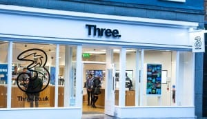 Three UK suffers major network outage