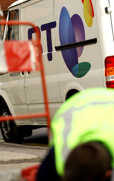 BT has signed a ten year deal with mobile operator O2 to support its launch of 4G LTE services