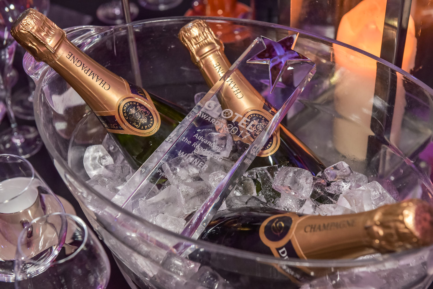 Glotel 2017 award and bubbly