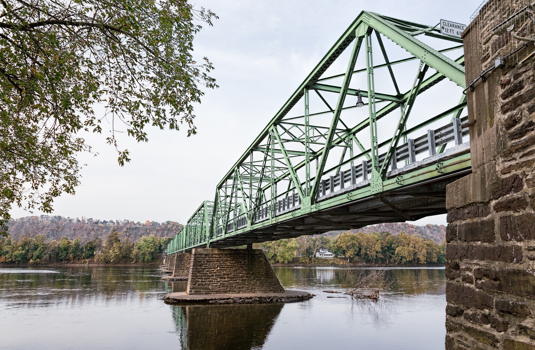 Uhlerstown-Frenchtown Bridge over the Delaware River Connecting
